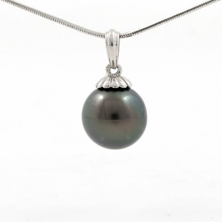 White gold pendant with 1 round pearl