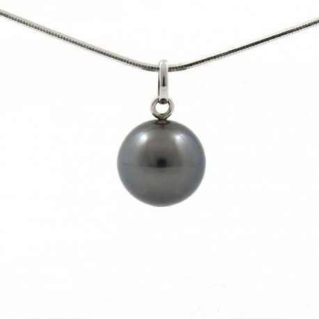 Pendant with a round Tahitian pearl