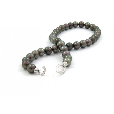 Necklace of 39 Tahitian pearls