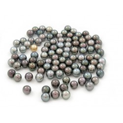 100 Tahitian pearls round 9 mm B grade (AA in GIA) multicolor