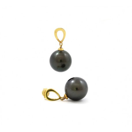 Teardrop earrings with two round pearls